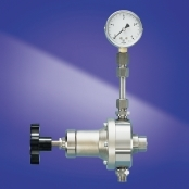 Krautzberger pressure regulator which is manually operated